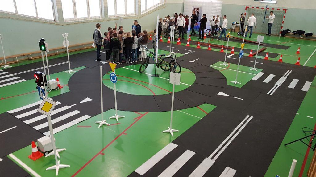 Akademia rowerowa z wykorzystaniem miasteczka rowerowego